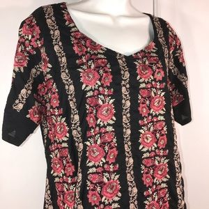 Beautiful Embroidered Floral Top, size 1X